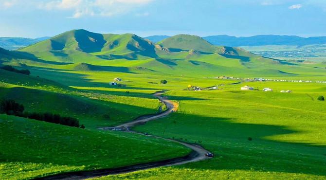 烏蘭布統草原,夏景如畫