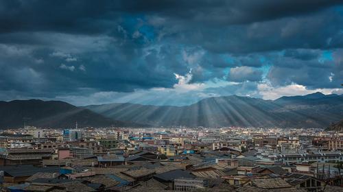 【雪山飞湖】云南+丽江+泸沽湖+香格里拉+虎跳峡+梅里雪山+西藏盐井+滇藏人文体验之旅·7日游