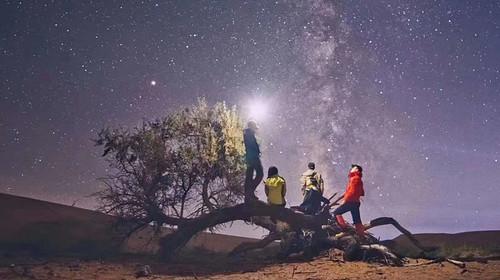 【腾格里沙漠】五一假期·5.2-5.5·远征腾格里·挑战55公里五湖连穿·含露营装备·火车团3日游!